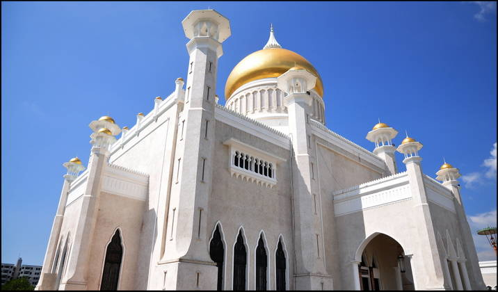 Một góc Nhà thờ Hồi giáo Omar Ali Saifuddien.