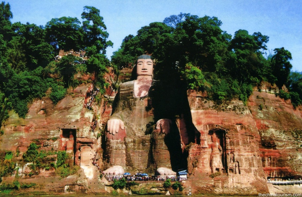 Tượng Phật Lạc Sơn